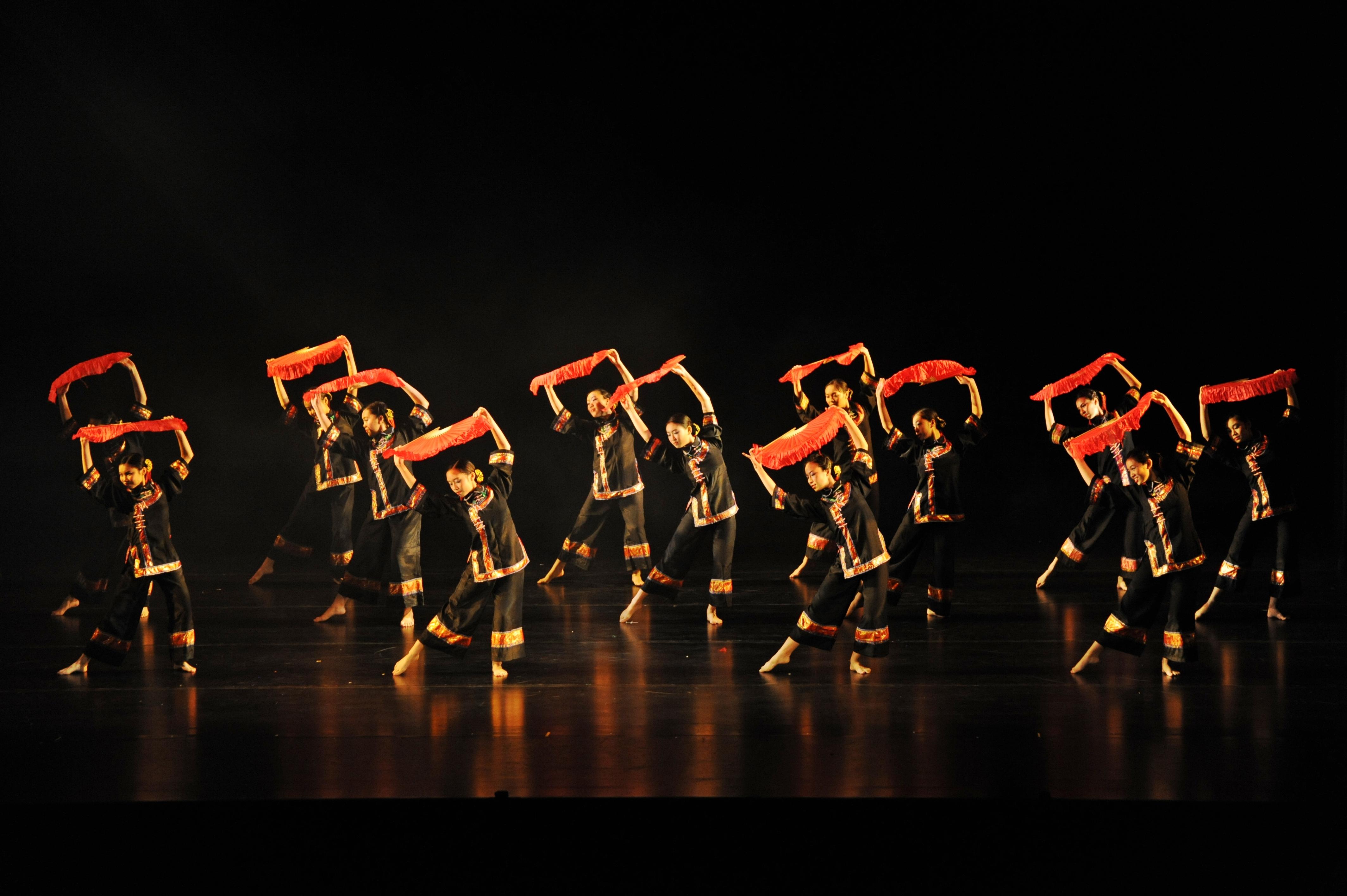 https://hkcchoir.org/sites/default/files/youth_dance_2016wu_yuan_chuan_cheng_1.jpg